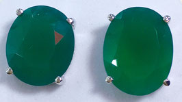 Studs with chalcedony,, 11,64 ct.