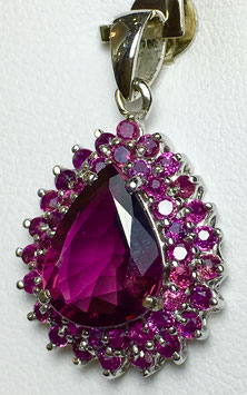 Pendant with rubellite, 3,4 ct. and small ruby