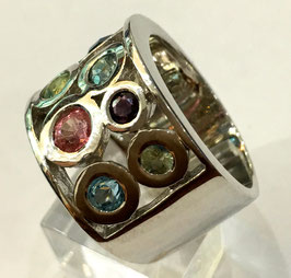Ring with topaz, turmaline, spinel, sapphire
