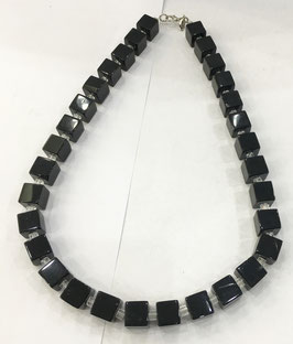 Set necklace and bracelet with black quartz, handmade