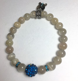 Handmade bracelet with moonstone beads