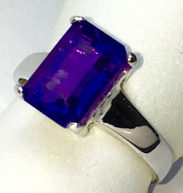 Ring with Amethyst, 3,55 ct.