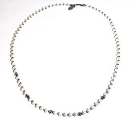 Handmade necklace with japanese Pearls and hematite