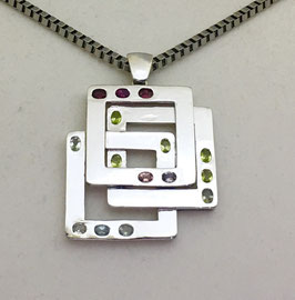 One of a kind handmade pendant with tourmaline, 2,16 ct.