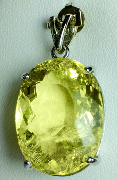Pendant with lemon quartz, 20,65 ct.