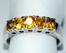 Ring yellow Sapphire