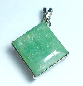Pendant with emerald, 15,33 ct.