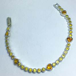 Bracelet with yellow sapphires, 6,38 ct.