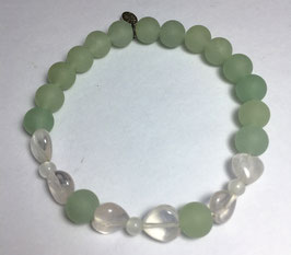 Handmade bracelet with frozen aventurine beads and rose quartz hearts