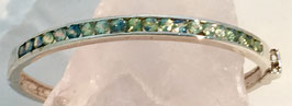 Bracelet with green blue sapphires, 3,4 ct.