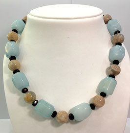 Handmade necklace with agate, sunstone and onyx beads