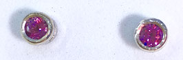 Studs with rhodolite, 0,69 ct.