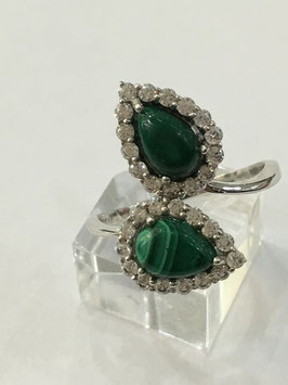 Ring with 2 malachite, 3,87 ct. and 30 cz-diamonds