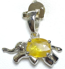 Pendant with yellow sapphire