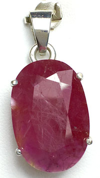 Pendant with ruby, 17,12 ct.
