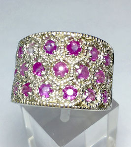 Ring wth burma ruby, 1,66 ct.