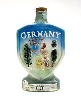 Whiskey-Flasche: Schriller geht's nimma
