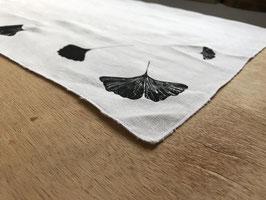 Torchon sérigraphié ginkgo noir en coton