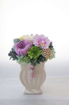 B. Classic Vase 白