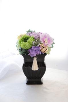 A. Classic Vase 黒