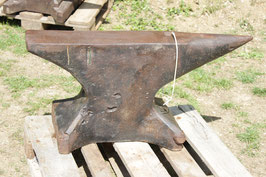 # 2779 - nice large single horn german anvil , forged , old black paint , surface rust pitted , weighed 592,5 lbs