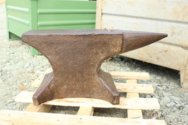 # 3477 - vintage forged german single horn anvil with 186,5 lbs weighed