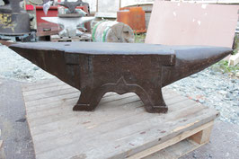 "# 2596 - super large french 4 foot anvil with 217 kg marked = 477 lbs ,  "" AUBRY "" dated 1889 !!"