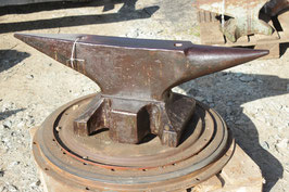 # 2798 - south german anvil with 393 lbs weighed , all original condition ! hand forged