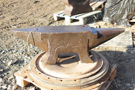 # 2714 - very big 4 FOOT french FIRMINY anvil with 242 kg marked = 532 lbs , dated 1876 !! in good general shape , very rare size