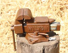 # 1782 - small WILTON VISE