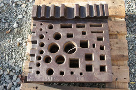 # 2661 - very rare L-Shape swage block , german , wonderful condition , all holes clear 19x19 inches , 298 lbs weighed