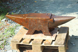 """# 3417 - french supersize antique anvil marked 223 kg = 491 lbs , dated 1885 !! MAKER """" GODEFIN """" almost 44 inches total length"""