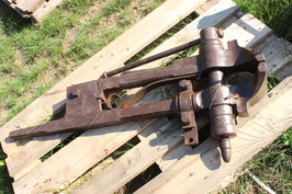 # 2056 - very good large vise with about 115 lbs