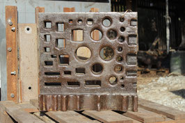 # 2700 - rare L - shape - vintage german swage block - 285 lbs weighed , 19 x 19 x 5 inches , good hole pattern  , all holes clear