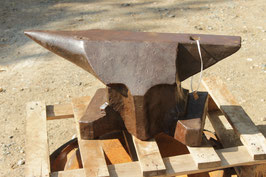 # 3207 - antique Söding Halbach bavarian style anvil with 332,5 lbs weighed , dated 1890 - SUPER BARGAIN PRICE
