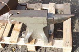 # 3404 - fine english 1 horn anvil with 103,5 lbs weighed