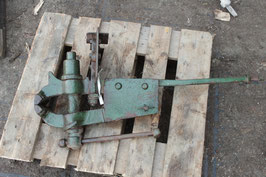 # 3098 - forged vintage german vise with 77 lbs weighed