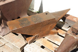 # 2036 - nice shape french anvil , just requires some fixings to be perfect . around 300 lbs +