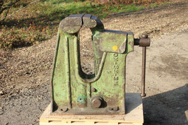 # 3413 - very rare COLLECTORS giant PATENT VISE 12 INCH JAWS - ABOUT 506 LBS , FULLY WORKING CONDITION , original paint