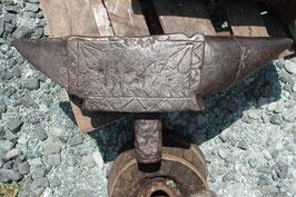 # 2470 - special rare SPANISH MUSEUM ANVIL - 17th century - aprox. 250 lbs - very nice antique patina , ornate decorations