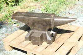 # 3589 - vintage perfect Ernst Refflinghaus anvil with 126 kg