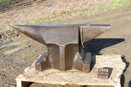 # 3074 - VINTAGE BAVARIAN ANVIL , good general in shape , incl. 1 Hardy