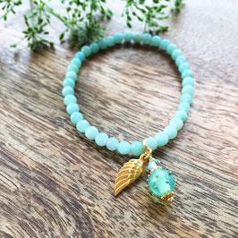 Amazonit Armband mit Goldflügel und Mini-Glasperle