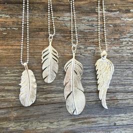 Federn und Flügelanhänger Silber