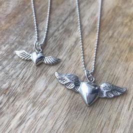 Silber-Herzli mit Flügel