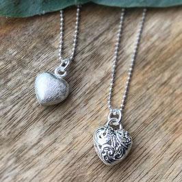 Silber-Herzli matt und gemustert