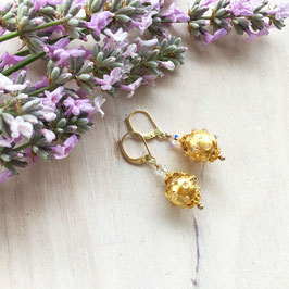 Glasperlen-Ohrhänger mit echtem Blattgold