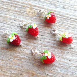 MINI-Erdbeeri-Charms