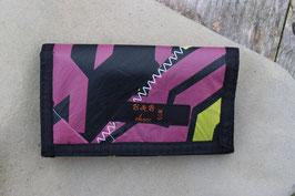 Geldbörse schwarz/schwarz, pink, gelb, North Kiteboarding