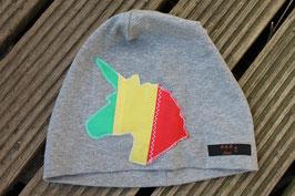 Mütze, hellgrau/grün, gelb, rot, Einhorn